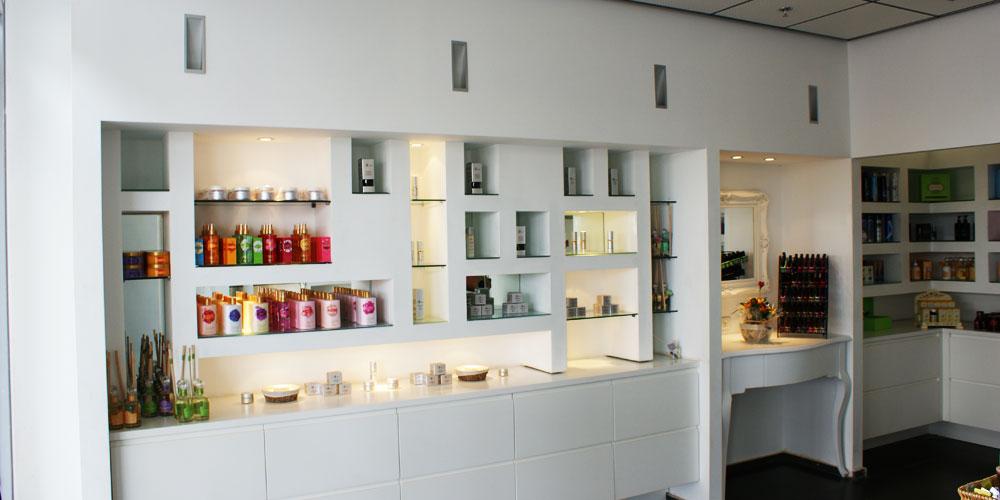 חנות יצרן ומרכז טיפולים והדרכות
